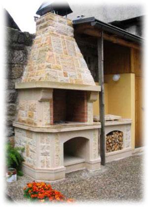 Zahradní krb je originální stavbou